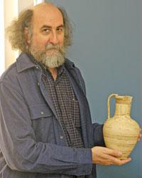 Jacques Perreault sur son chantier de fouille à Argilos, en Grèce du nord