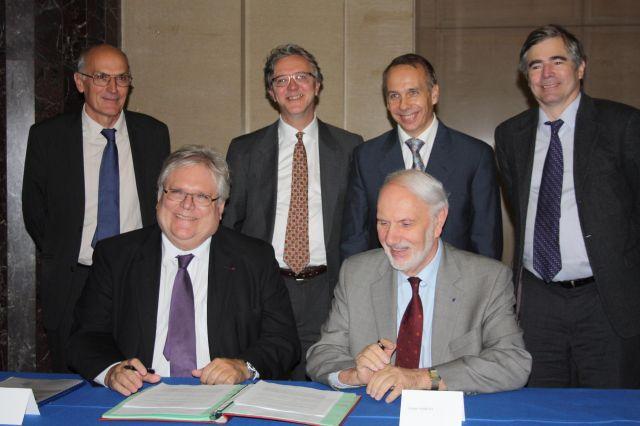 De gauche à droite: Guy Métivier, Yves Guay, Laurent Habsieger, François Lalonde, Alain Fuchs et Joseph Hubert. - © Université de Montréal