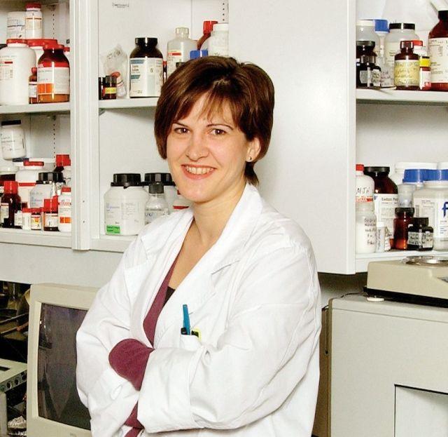 Dre Hébert dans son laboratoire du Centre de recherche du Centre hospitalier de l'Université de Montréal. - @ 2011 CRCHUM