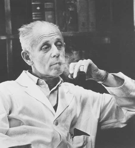 Hans Selye a consacré l'essentiel de sa carrière à l'enseignement et à la recherche à l'UdeM. Inventeur du concept de stress, endocrinologue de premier plan, auteur de 1700 articles scientifiques et de 39 monographies, le Dr Selye était surnommé «le Einstein de la médecine». - © Université de Montréal – Division des archives
